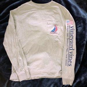 Vineyard Vines America's Cup tshirt